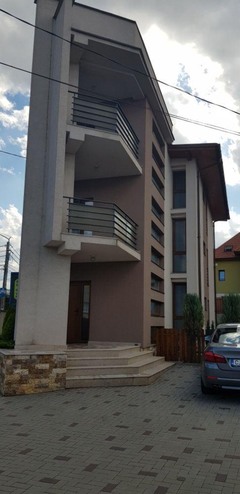 Clădire P+2E..