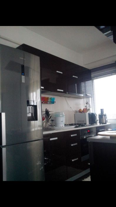 Apartament 3 camere + loc de parcare