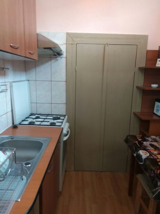 Inchiriez apartament 1 camera