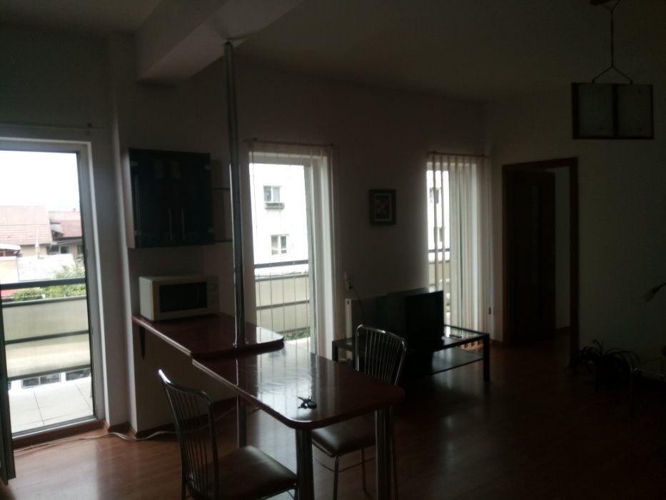 Închiriez apartament 2 camere, Andrei Mureșanu