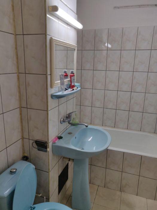 Apartament cu 3 camere decomandate, in zona Str Mehedinti