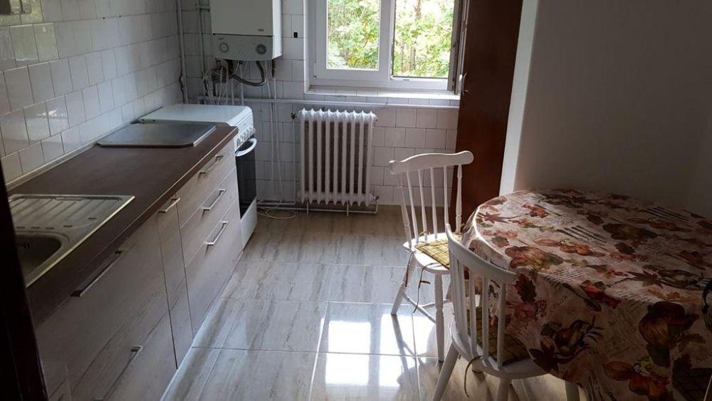 Inchiriez apartament 3 camere cart. Zorilor str Mestecenilor Cluj
