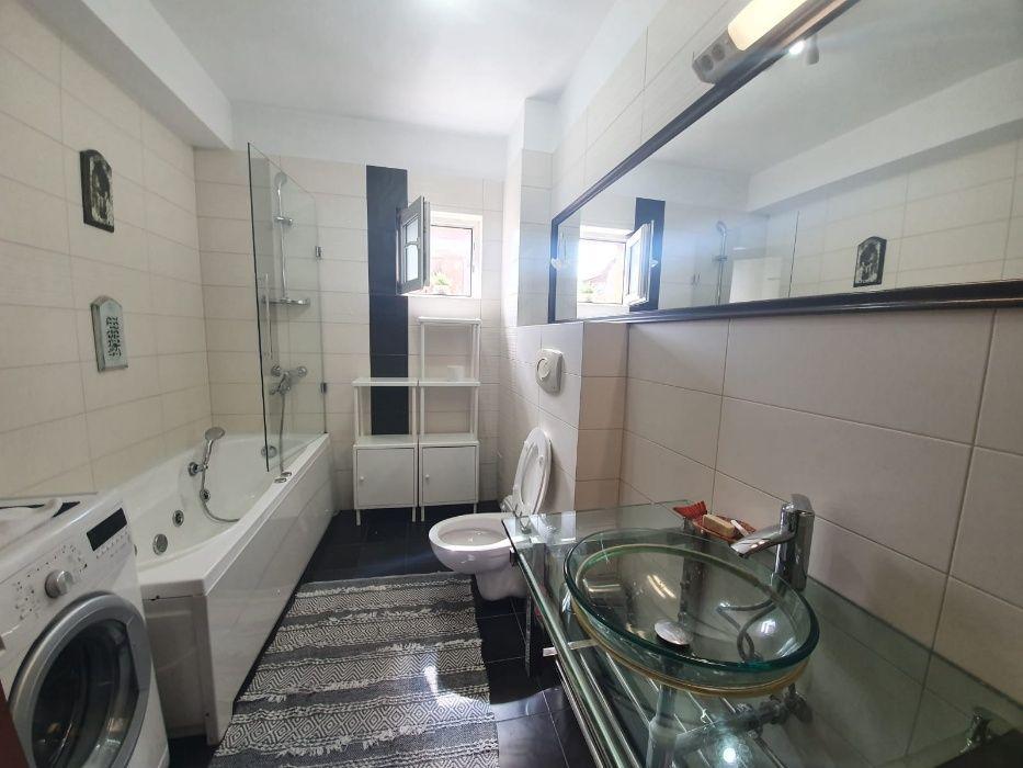 Apartament 3 camere, 100 mp, garaj,ultrafinisat, Zorilor, pers fizica