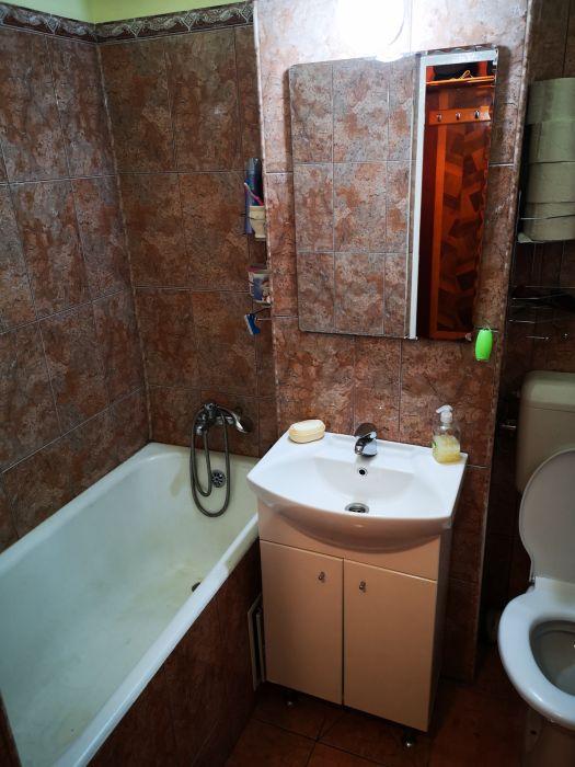 Propietar vand apartament 3 camere zona Sagului