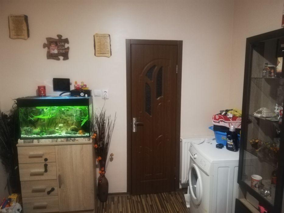 Casa mica si cocheta la curte comuna, zona Sinaia, Timisoara