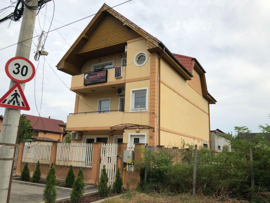 Vand casa p+1E+M ,cu spatiu comercial,sup.utila 360 MP ,str. LIDIA