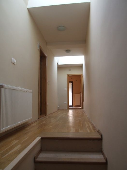 Casa comfortabia si luminoasa