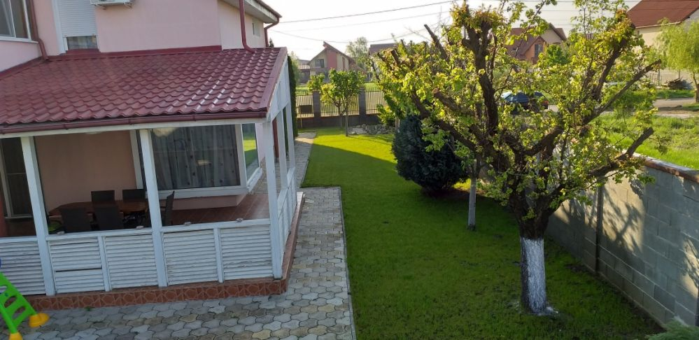 Proprietar închiriez Vila Dumbravita
