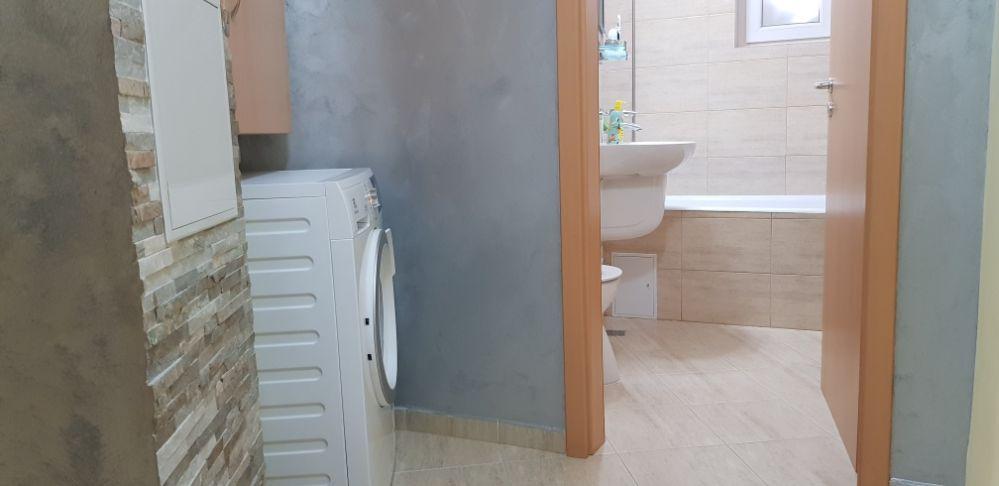 Inchiriez apartament 2 camere in regim hotelier