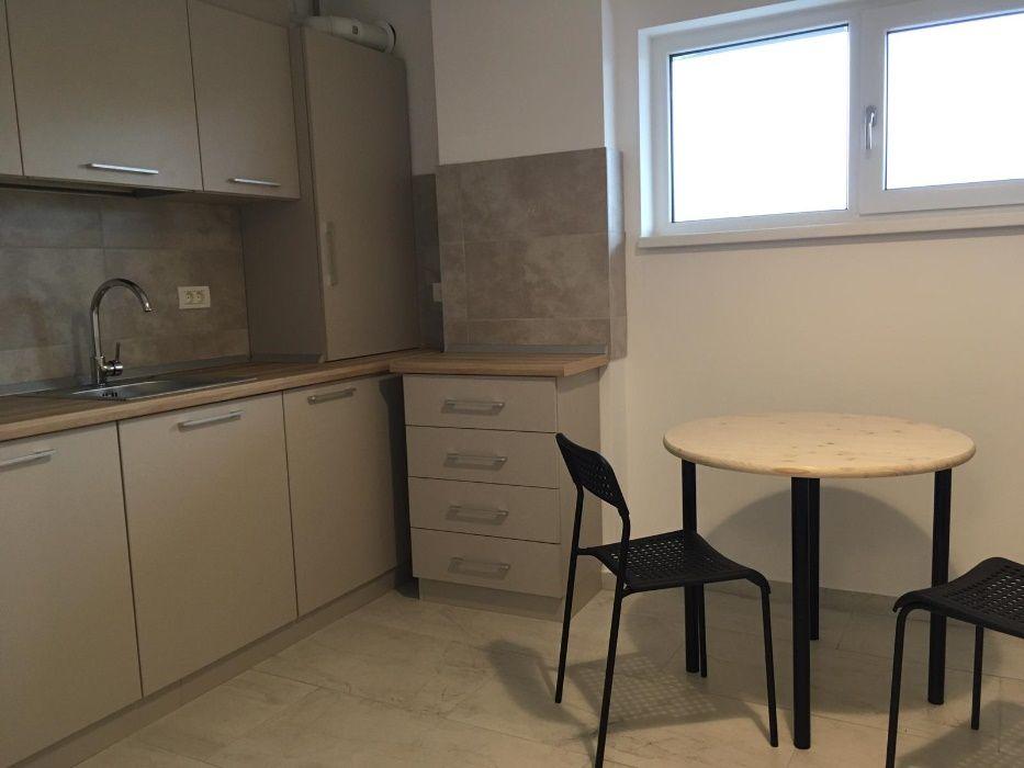 Apartament nou, 2 camere , parcare cu bariera, zona Aradului