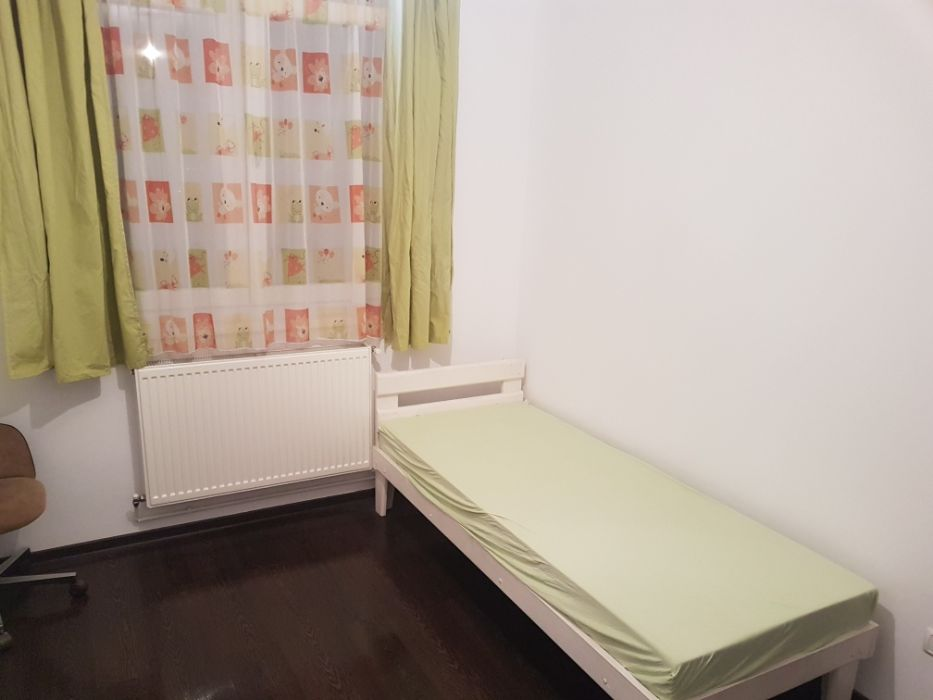 Proprietar Inchiriez Apartament 3 camere
