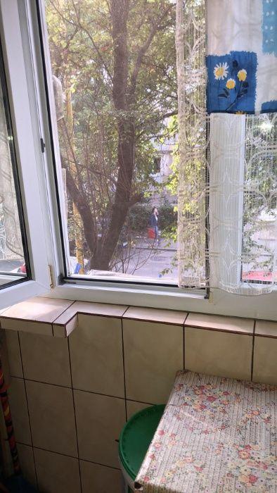 Vand sau Schimb apartament 2 camere zona piata CET semidecomandat 43 m