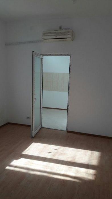 Apartament în vila (parter) -zona Miga .