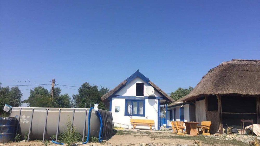 Delta Dunarii - Crisan , casa de vacanta , teren 2043 mp