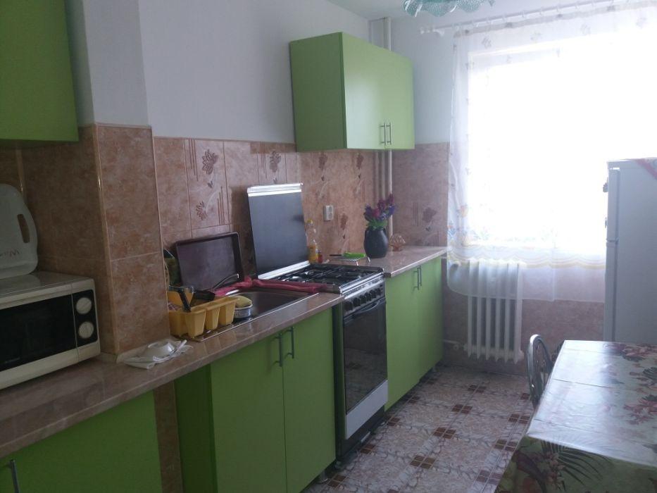 Închiriez apartament 3 camere Timiș Nord