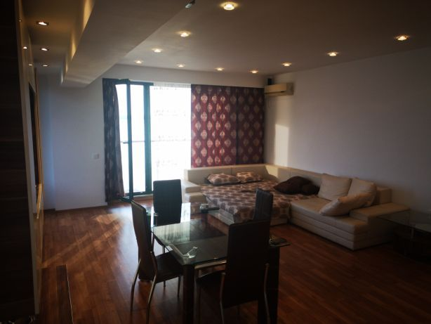 Apartament 3 camere Mamaia vedere lac pe perioada lunga