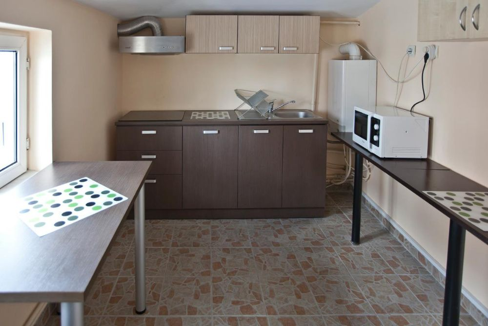 DE INCHIRIAT apartament 4 camere - ZONA DELFINARIU