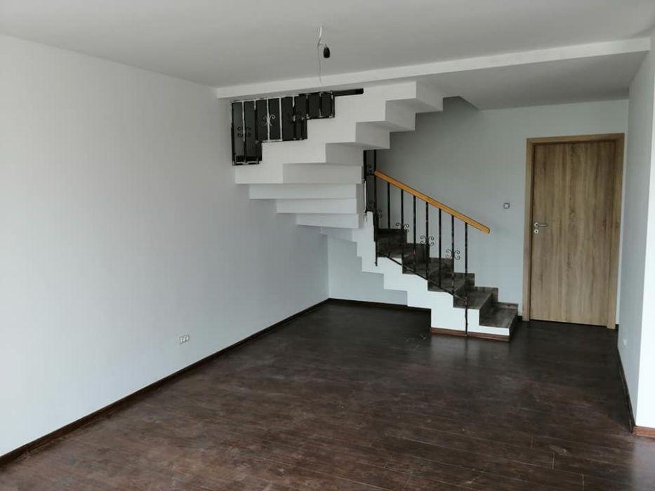 Casa finalizata, cu etaj, 5 camere, 130 mp utili, persoana fizica