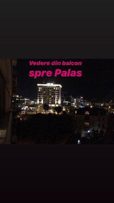Apartament cu 3 camere,semidecomandat ,vis-a-vis de Palas