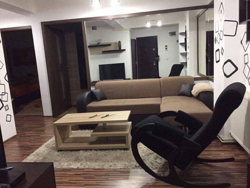 Proprietar - apartament 3 camere Nicolina Belvedere