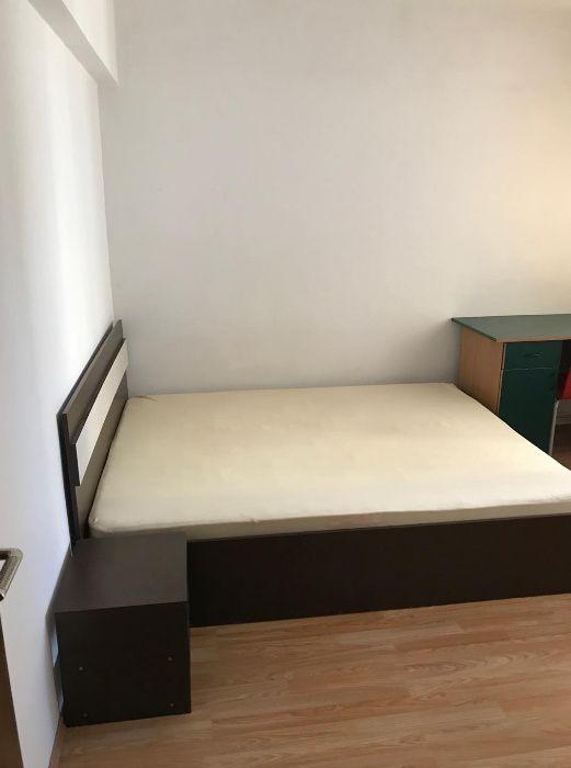PF inchiriez apartament 3 camere decomandat Centru-Piata Unirii