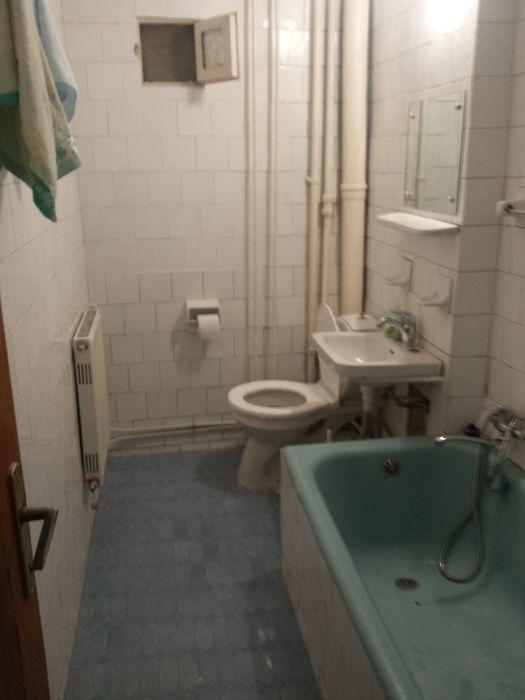 Chirie apartament 3 camere decomandate-gara
