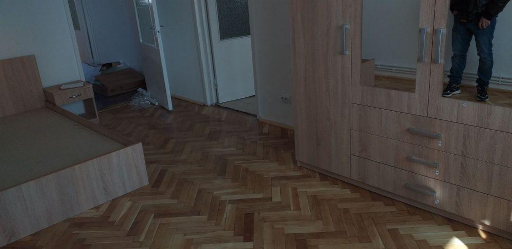 Alexandru Cel Bun apartament 4 camere decomandat 100 mp cu CT