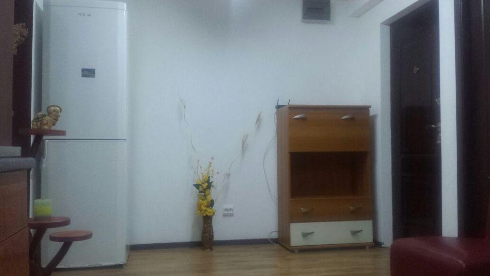 Vand apartament cu 3 camere Parter, 1 Mai
