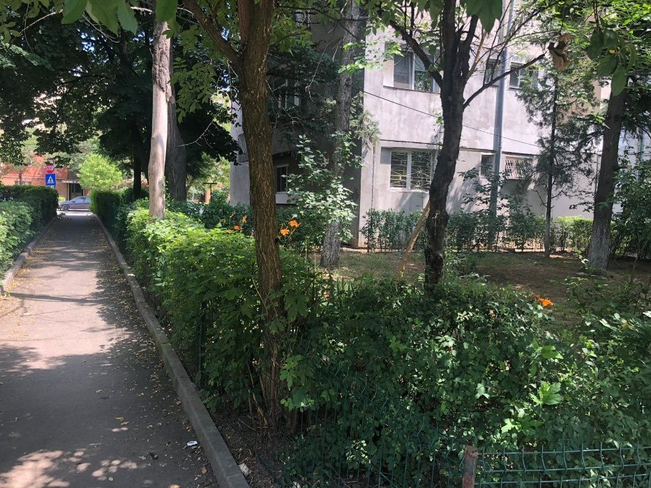 Apartament 3 camere decomandate Henri Coanda, Valea Rosie