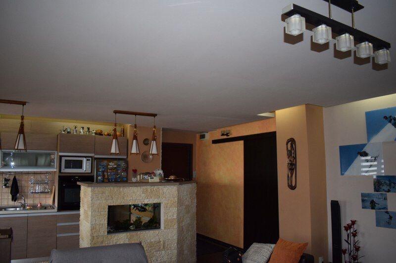 Apartament 4 camere, 97 m pătrați, an 1990