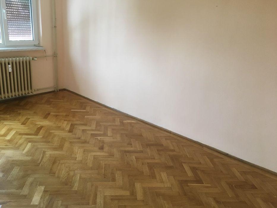 Apartament 4camere decomandat