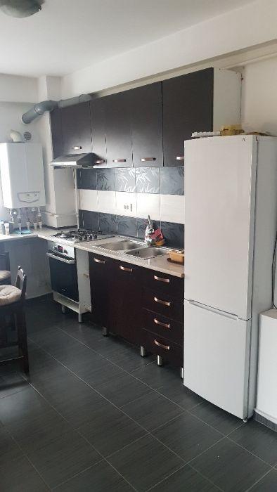 Inchiriez apartament - militari residence