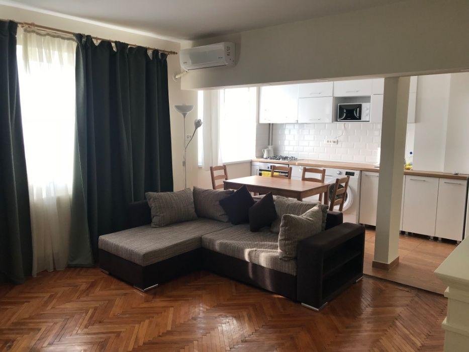 Proprietar , Inchiriez apartament 2 camere ,Bd Ion Mihalache