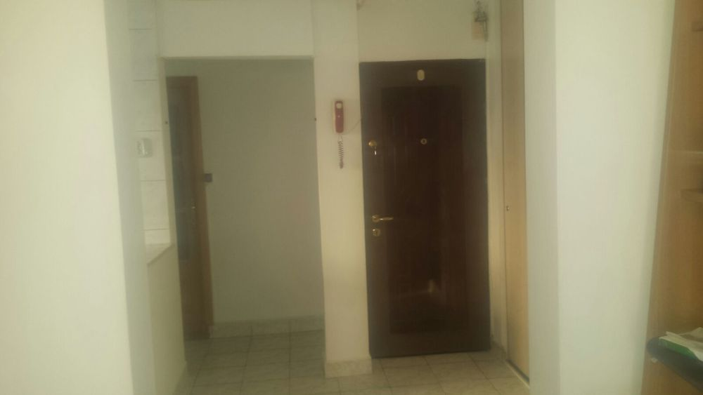 Apartament 3 camere de inchiriat zona Rahova-Sebastian