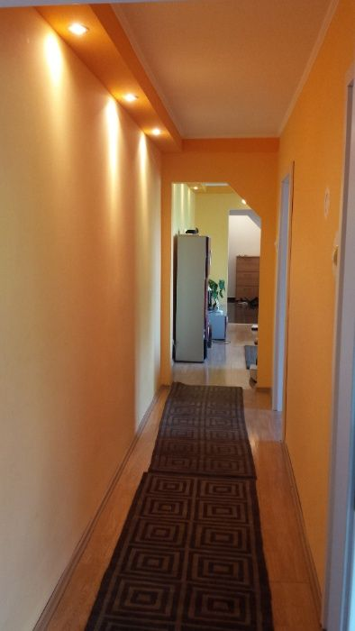 Apartament modern, ingrijit, confortabil, utilat complet, zona linisti