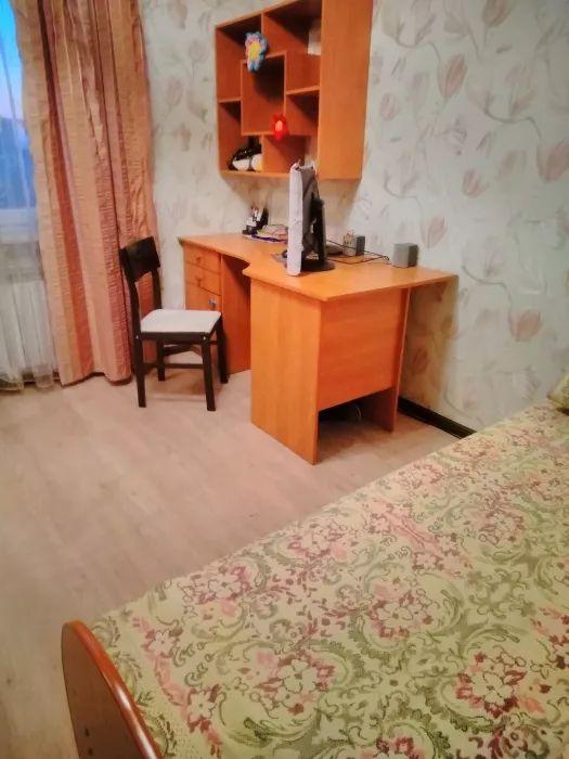Inchiriez apartament cu 4 camere
