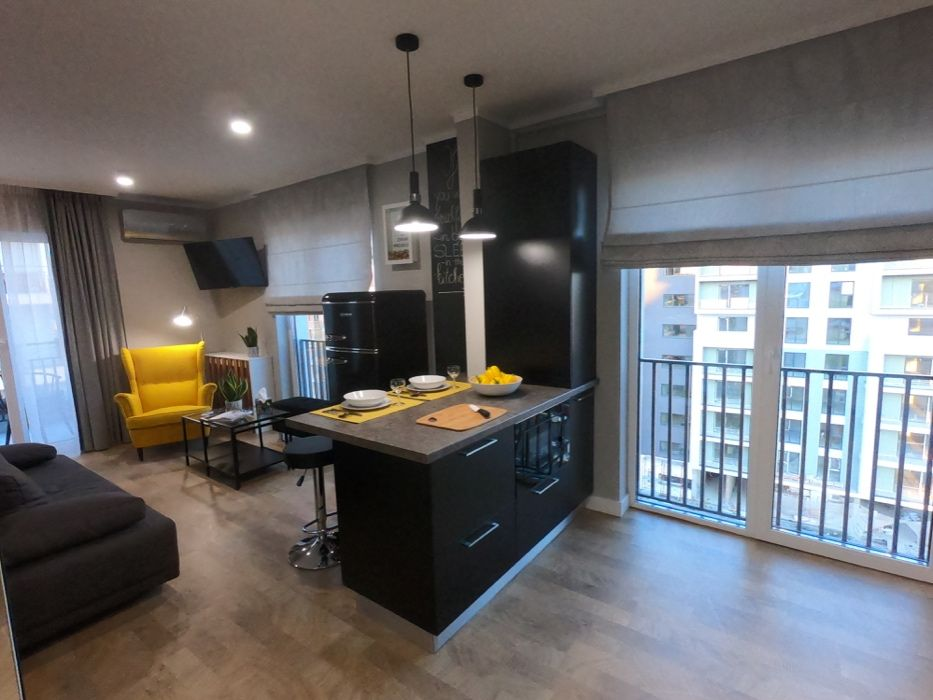 Vand Apartament ultrafinisat cu 1 camera LA CHEIE, zona Calea Turzii