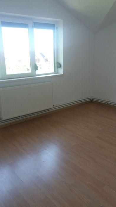De vanzare apartament comuna Berceni