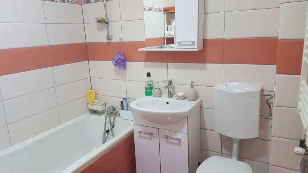 Vand apartament 2 camere in Militari, zona linistita