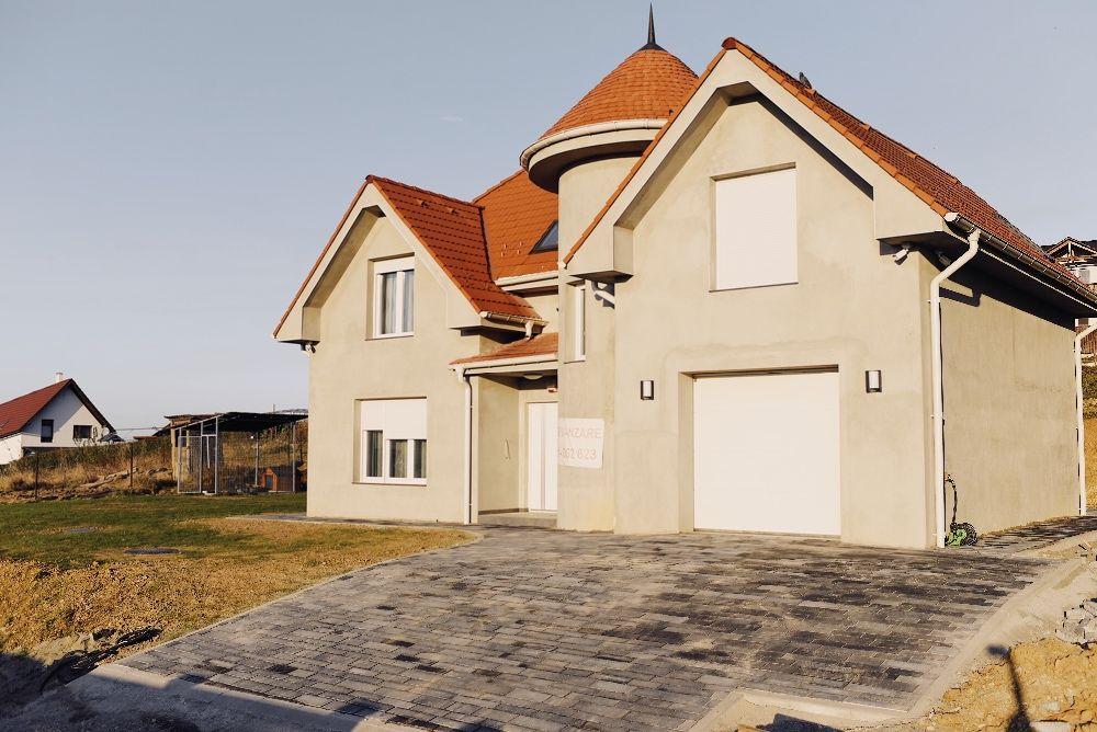 Vila moderna cu o panorama deosebita, situata in Salicea