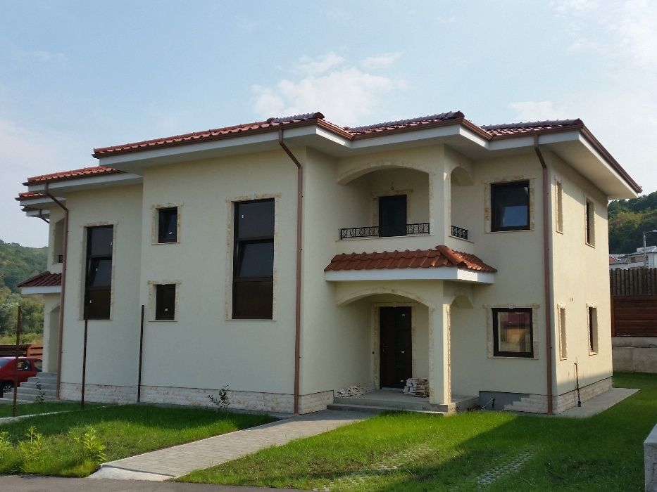 Casa cuplata/ Duplex/Str.Campului 275A