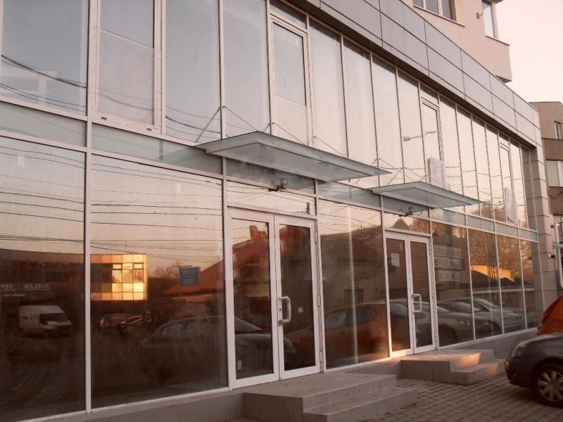 Apartament/Birou 100 mp in zona centrala cu parcari incluse